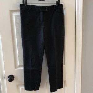 Black pants. The Limited size 8.